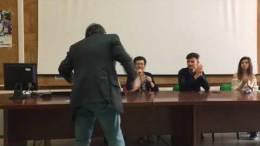 Liceo-Palmeri-presentazione-del-libro-di-Domenico-Dentici-Il-ragazzo-della-scogliera