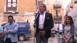 Comizio-di-chiusura-del-candidato-Moscato-a-piazza-SantAnna-06-06-2014