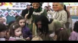 Carnevale-Termitano-2012-visita-dei-Nanni-nelle-scuole-15-02-2012