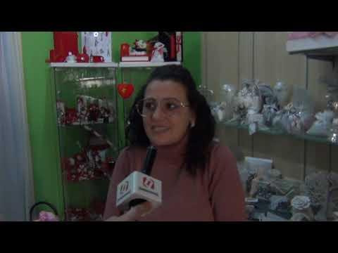 Coronavirusin-giro-ad-intervistare-alcuni-titolari-di-negozi-e-di-bar-in-merito-al-dcpm-del-903