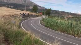 104-Targa-Florio-Rally-l39impegnativo-curvone-per-Cerda