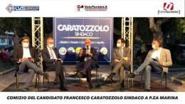 Comizio-del-candidato-Francesco-Caratozzolo-sindaco-a-p.za-marina